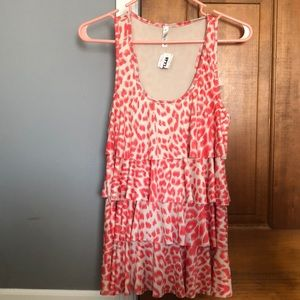 Tops - Coral leopard tank